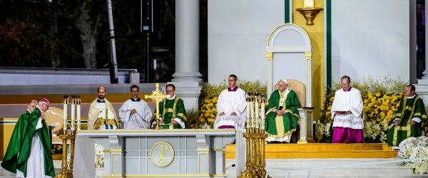 Pontificium Consilium pro Familia - Prophets of Love's Miracles!
