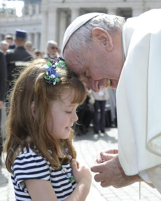 Lizzy Meets Pope Francis